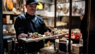 Er du til Tapas? Forkæl sanserne med lækker tapas i Vesterbros nye Street Food mekka Westmarket.