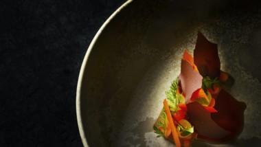 Kokkeriet – 1 Michelin Stjerne. Top menu & top vinmenu samt eksklusiv Dom P champagne og Rossini guld kaviar m.v. ALT INKL.
