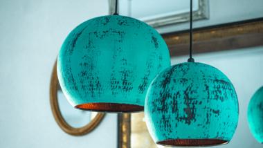 De populære patinerede Bali lamper i kobber til 40% rabat – flere størrelser.