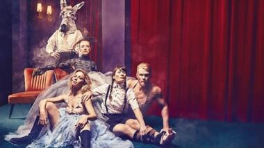 FORPREMIERE: Oplev Shakespeares 'En Skærsommernatsdrøm' på Betty Nansen Teatret