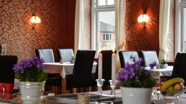 Ophold for 2 på Abild Kro & Hotel i Sønderjylland inkl. 3-retters menu og tilpasset vinmenu