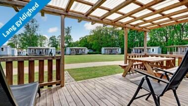 Hytte, mobile home eller campingplads på hyggelige Jelling Familie Camping – Gælder for 4-6 pers.