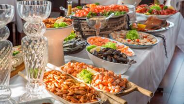 Tag på et ophold for 2 på hyggelige Bagenkop Kro inkl. fiskebuffet, vin og morgenbuffet
