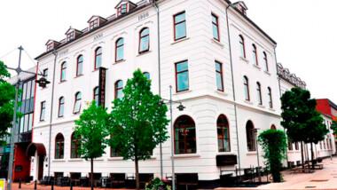 Besøg skønne Nordjylland og nyd en 3-retters menu, velkomstdrink og morgenbuffet på Hotel Phønix