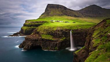 Besøg Færøerne i juli el. aug. inkl. 3-4 nt. på 4-stjernet hotel m/morgenmad, frokost og udflugter