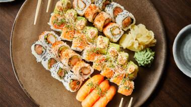 Smag de nye fantastiske sushimenuer fra Akiba Sushi på Frederiksberg – vælg ml. 35 eller 46 stk.